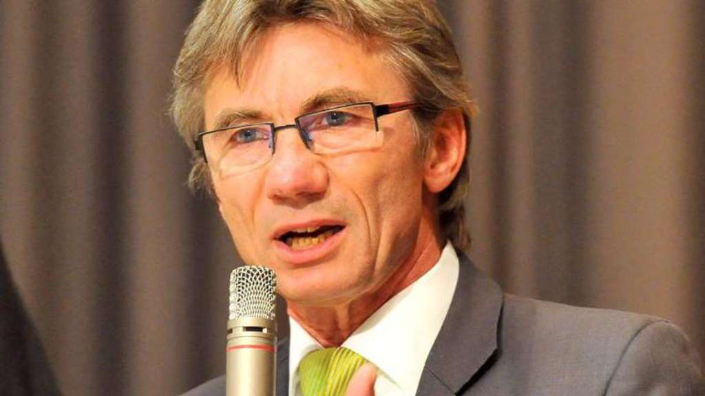 Heringer Parlament zieht gegen Bürgermeister <b>Hans Ries</b> vor Gericht - 1193596691-hans_ries_5-1bk4Wg6a7