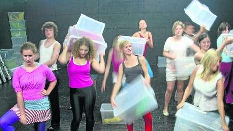 In der Haut der anderen: Theater-AG der Modellschule