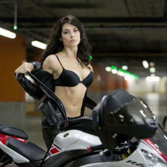 Movie Star neben Bruce Willis: Yamaha YZF-R6