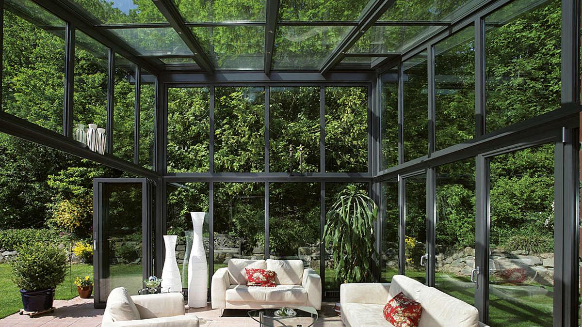 wintergarten als erweitertes wohnzimmer magazin. Black Bedroom Furniture Sets. Home Design Ideas