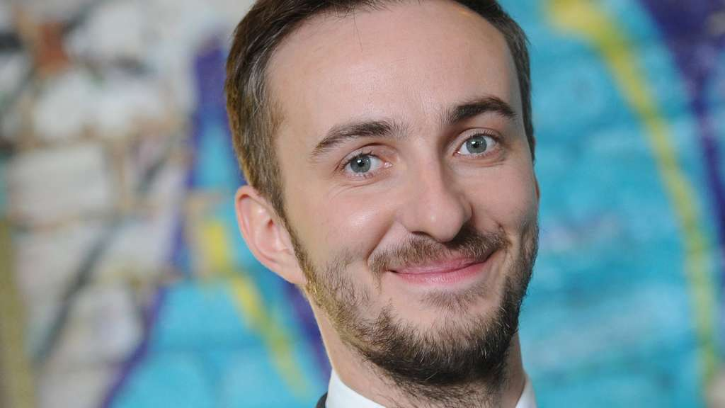 boehmermann-erdogan-satire-merkel-talk-dpa