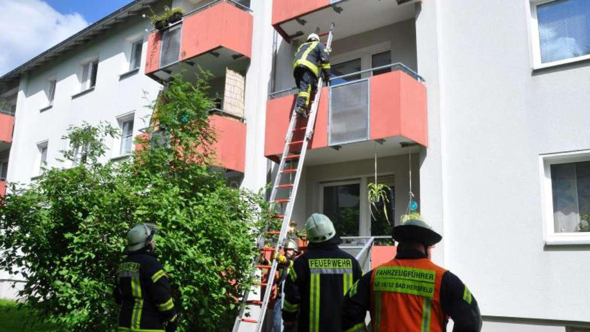 Feuerwehr Verhindert Schwelbrand Auf Balkon Bad Hersfeld