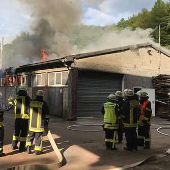 Feuer in Sägewerk in Nentershausen