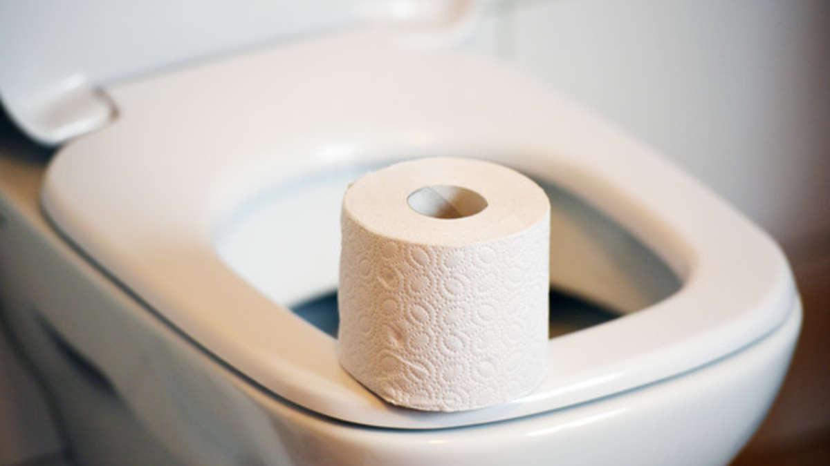 toilette reinigen mit diesen simplen hausmitteln wird sie wieder lupenrein wohnen. Black Bedroom Furniture Sets. Home Design Ideas