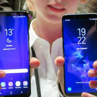 Samsungs neues Smartphone Galaxy S9 kommt in den Handel