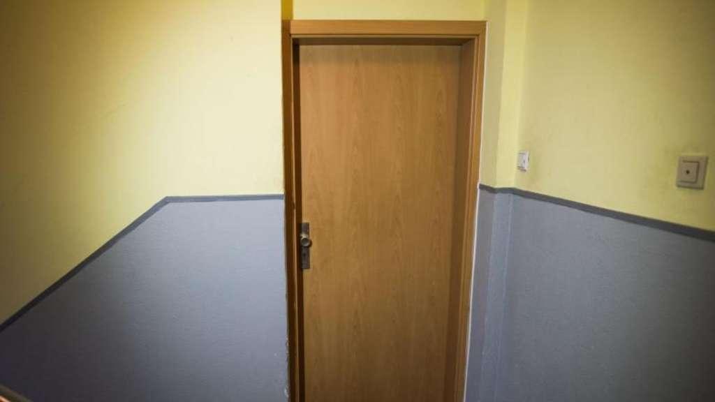 mieter sollten im urlaub notfall telefonnummer hinterlassen wohnen. Black Bedroom Furniture Sets. Home Design Ideas