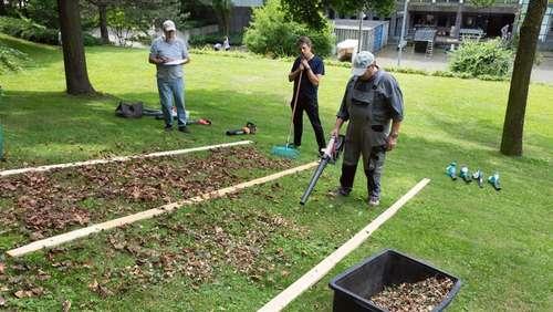 Garten. Durchwachsenes Testergebnis Für Laubbläser ...