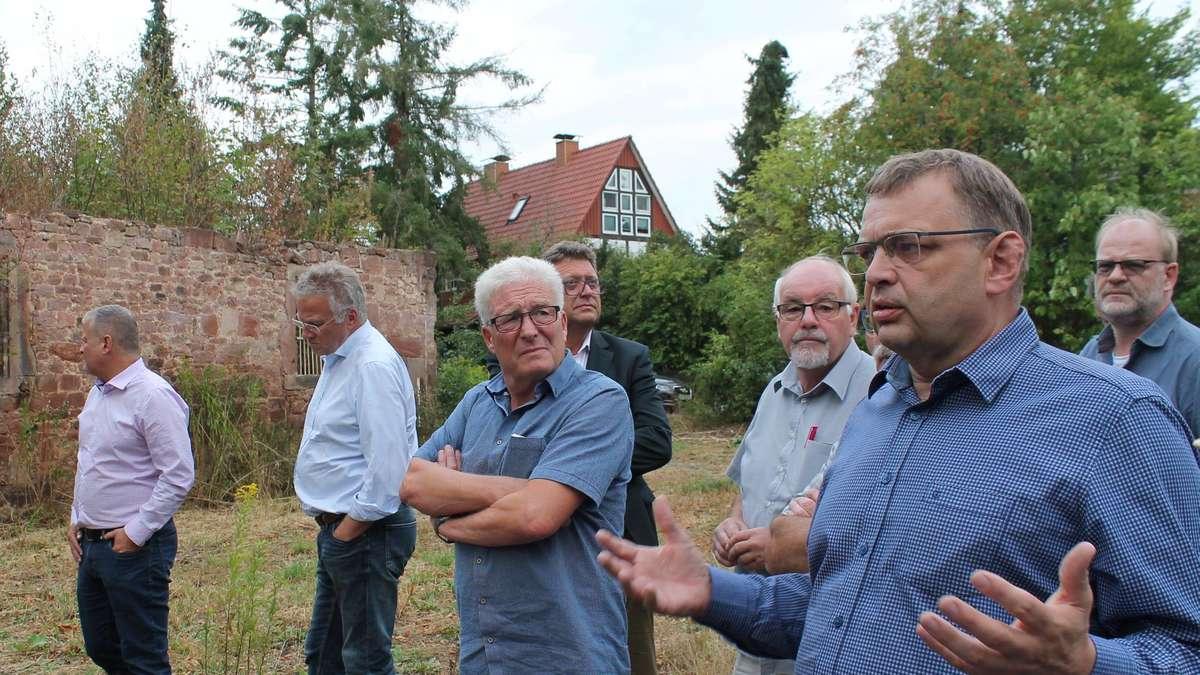 Ausschuss für Stadtplanung besichtigt ehemalige Klosterschänke auf ...