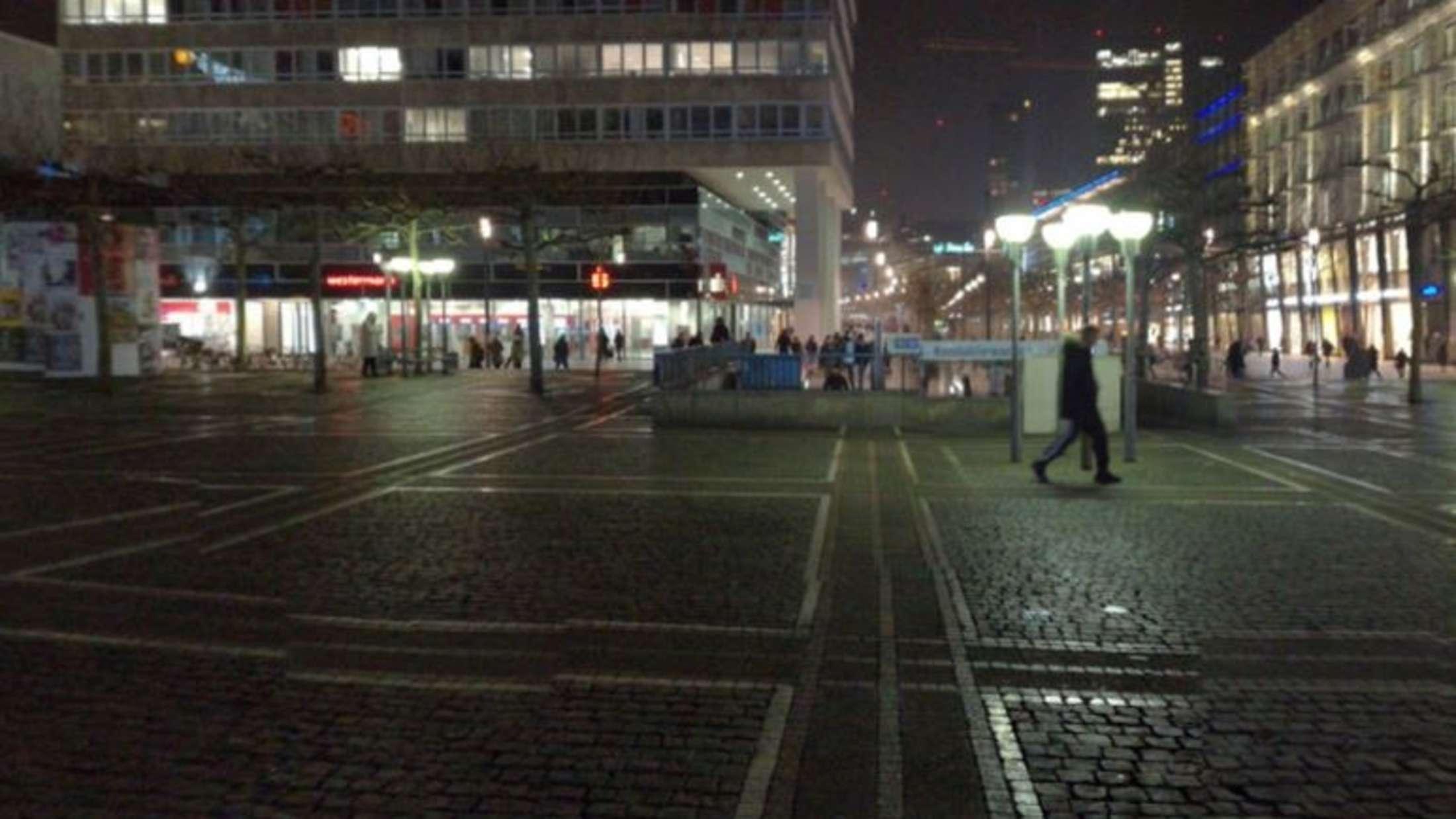 Frankfurt: Brutale Attacke! Mann wird zu Tode geprügelt